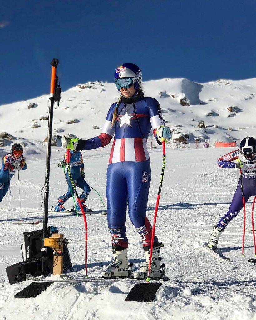 Lindsey Vonn - quatro vezes ganhadora do título geral da Copa do Mundo de esqui alpino