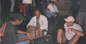 Trocando cartas na rodoviária Novo Rio